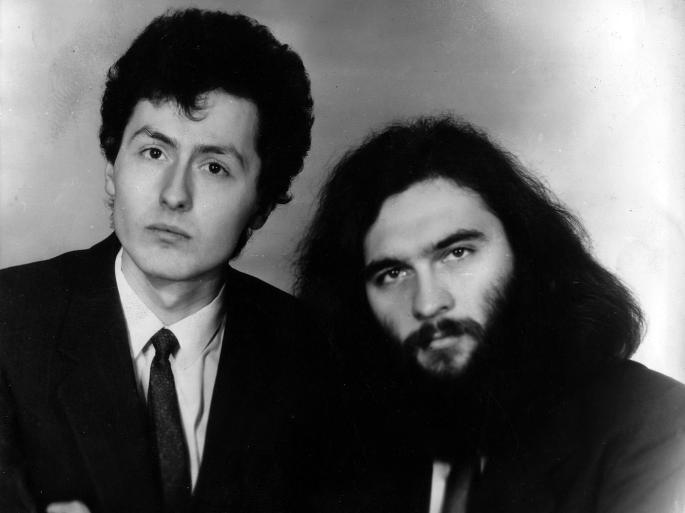 Алексей Зарахович и Дмитрий Бураго. Фото с афиши поэтического вечера в Доме учителя. 1988