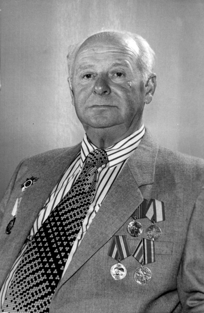 Николай Тихонович Грабовский – дедушка